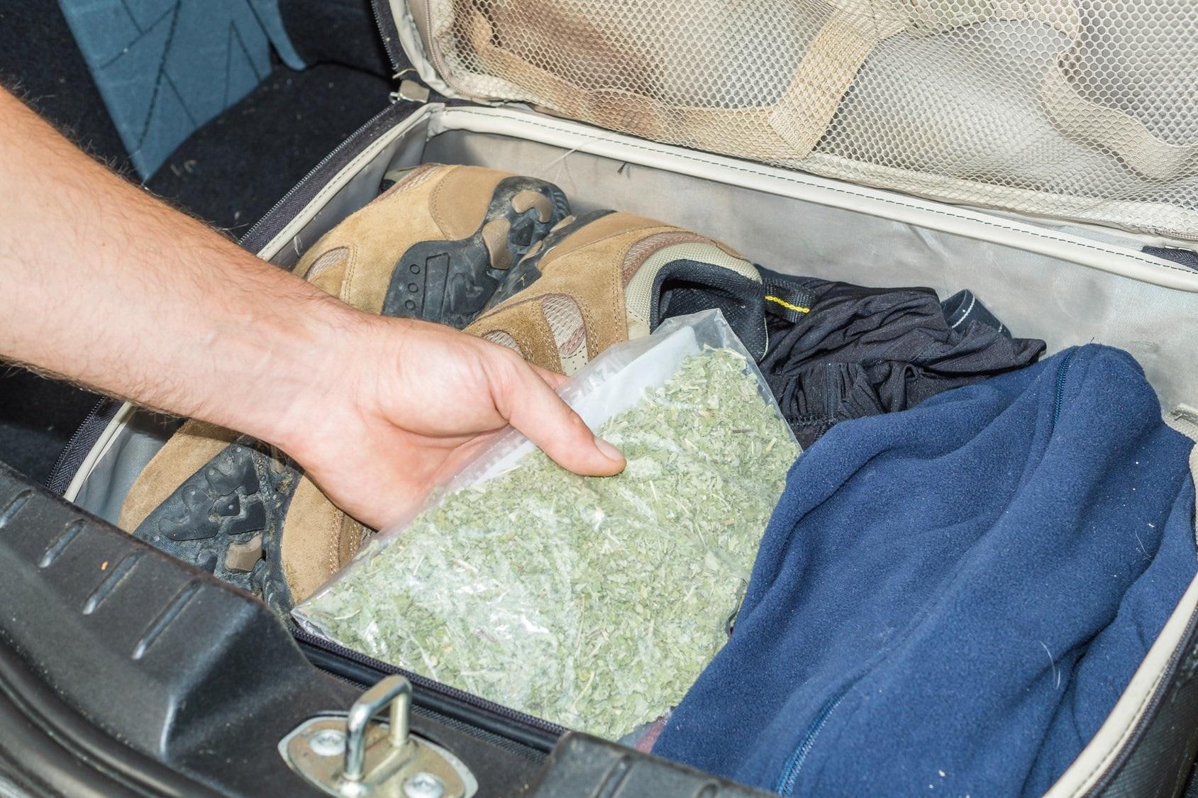 Rechtsanwalt Clemens Louis Unerlaubte Einfuhr von Betäubungsmitteln Cannabis - Haschisch - Marihuana