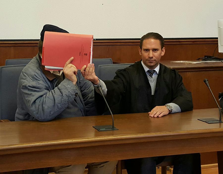 Rechtsanwalt Clemens Louis Verletzung des höchstpersönlichen Lebensbereichs durch Bildaufnahmen